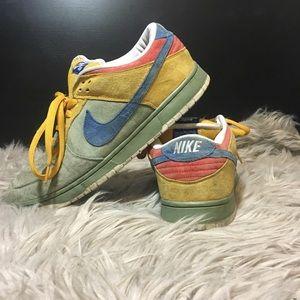 new product bec4d 08c2a Nike Shoes - NIKE DUNK SB LOW – PREMIUM SB PUFF N STUFF